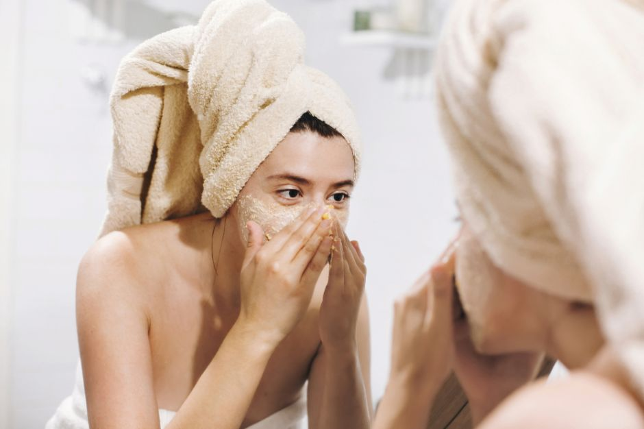3 homemade scrubs to improve face texture and clean pores